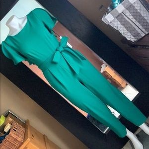 Calvin Klein jumpsuit sz 2 NWT for small stretch